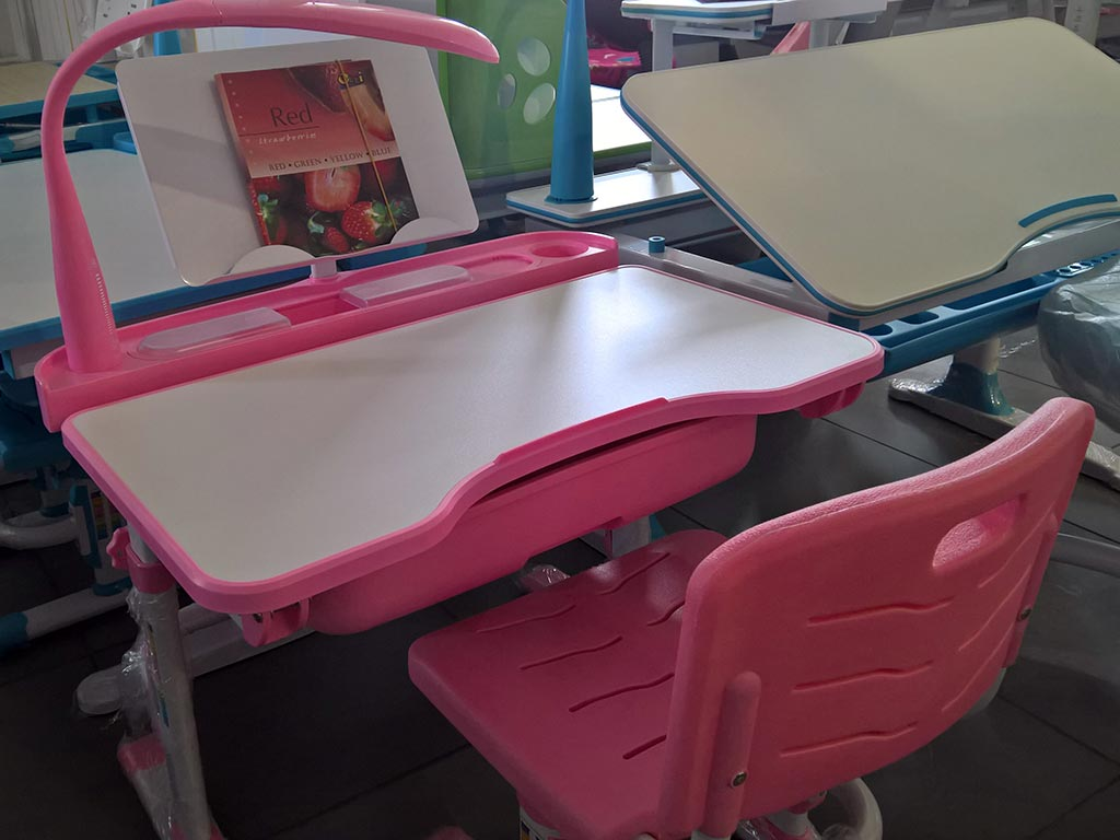 evo-kids-table-pink.jpg